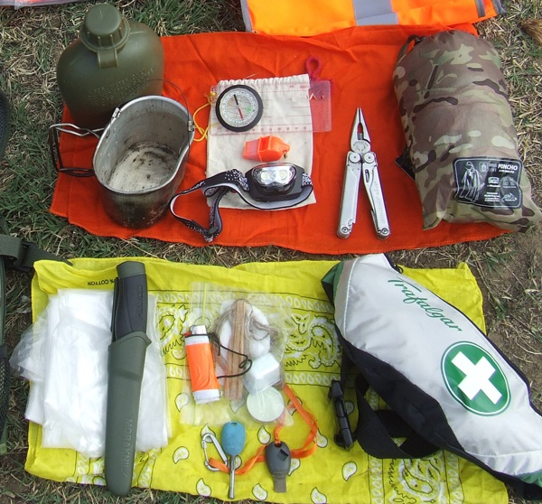 Ways To Use A Bandana For Bushcraft.