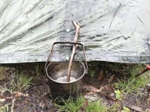 Billy pot collecting water