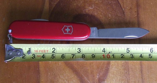 Knife review of Swiss Army Knife length.