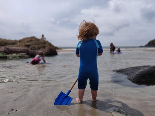Kids wetsuit for beach